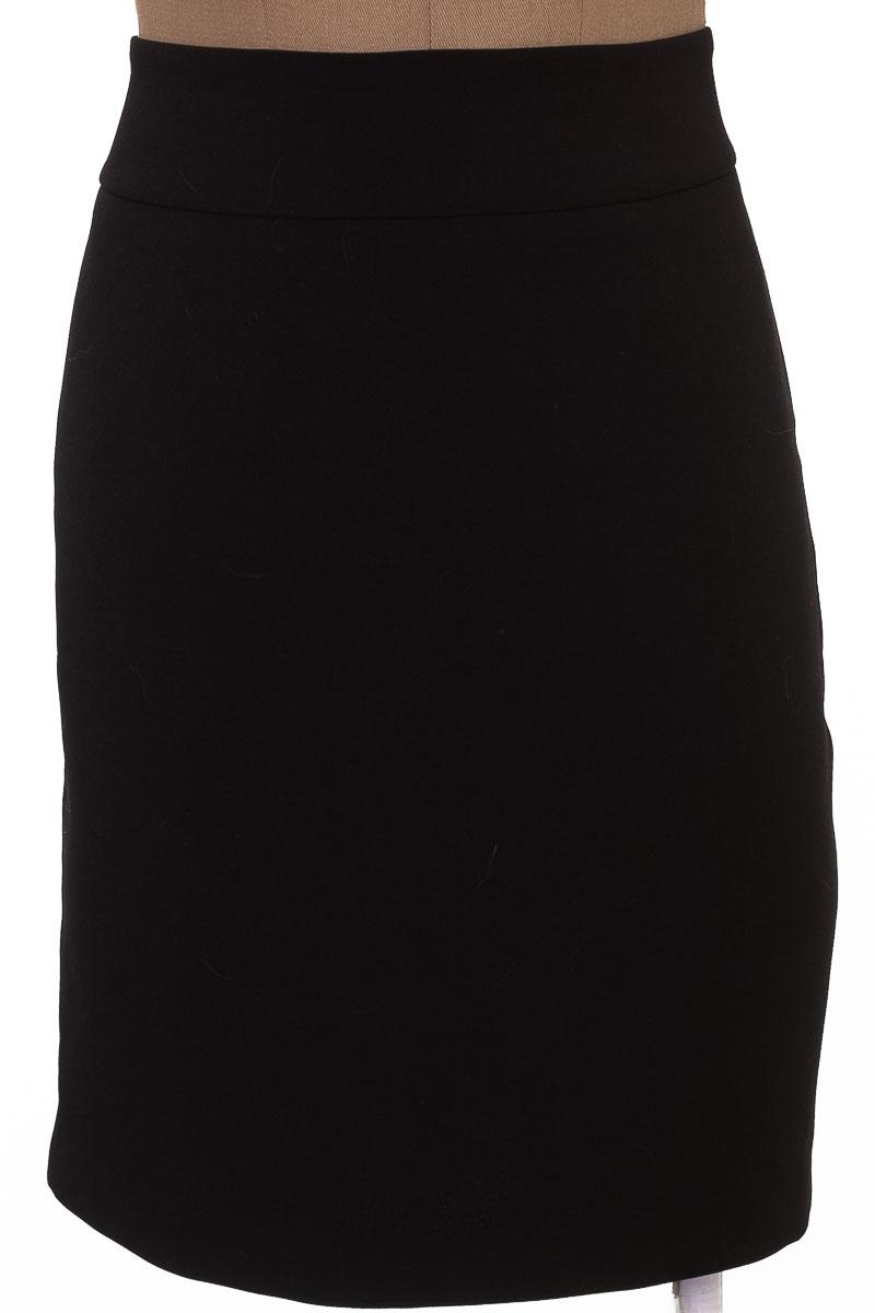 Falda Elegante color Negro - Taty