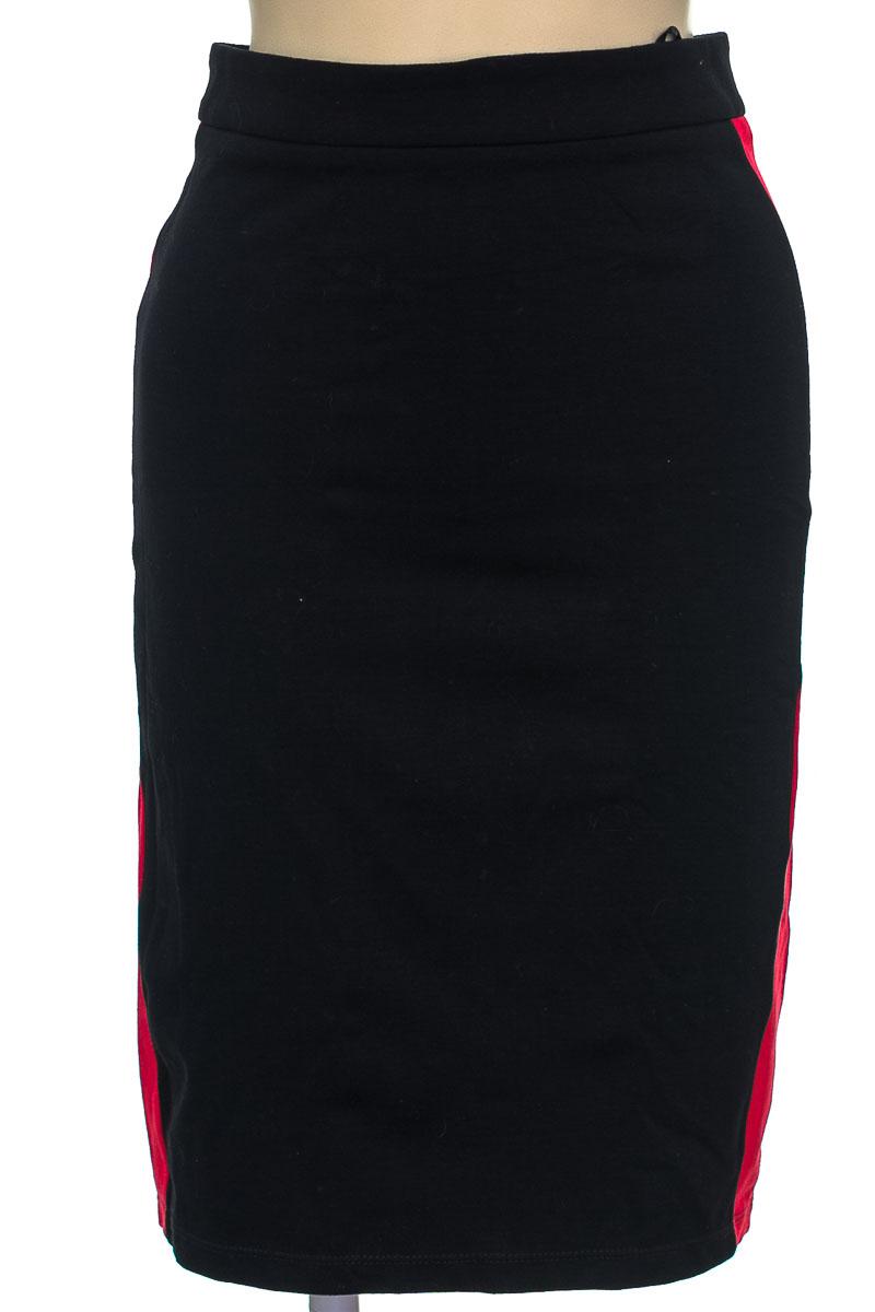 Falda color Negro - ELA