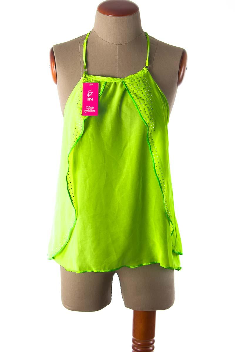 Top / Camiseta color Verde - Style Fashion