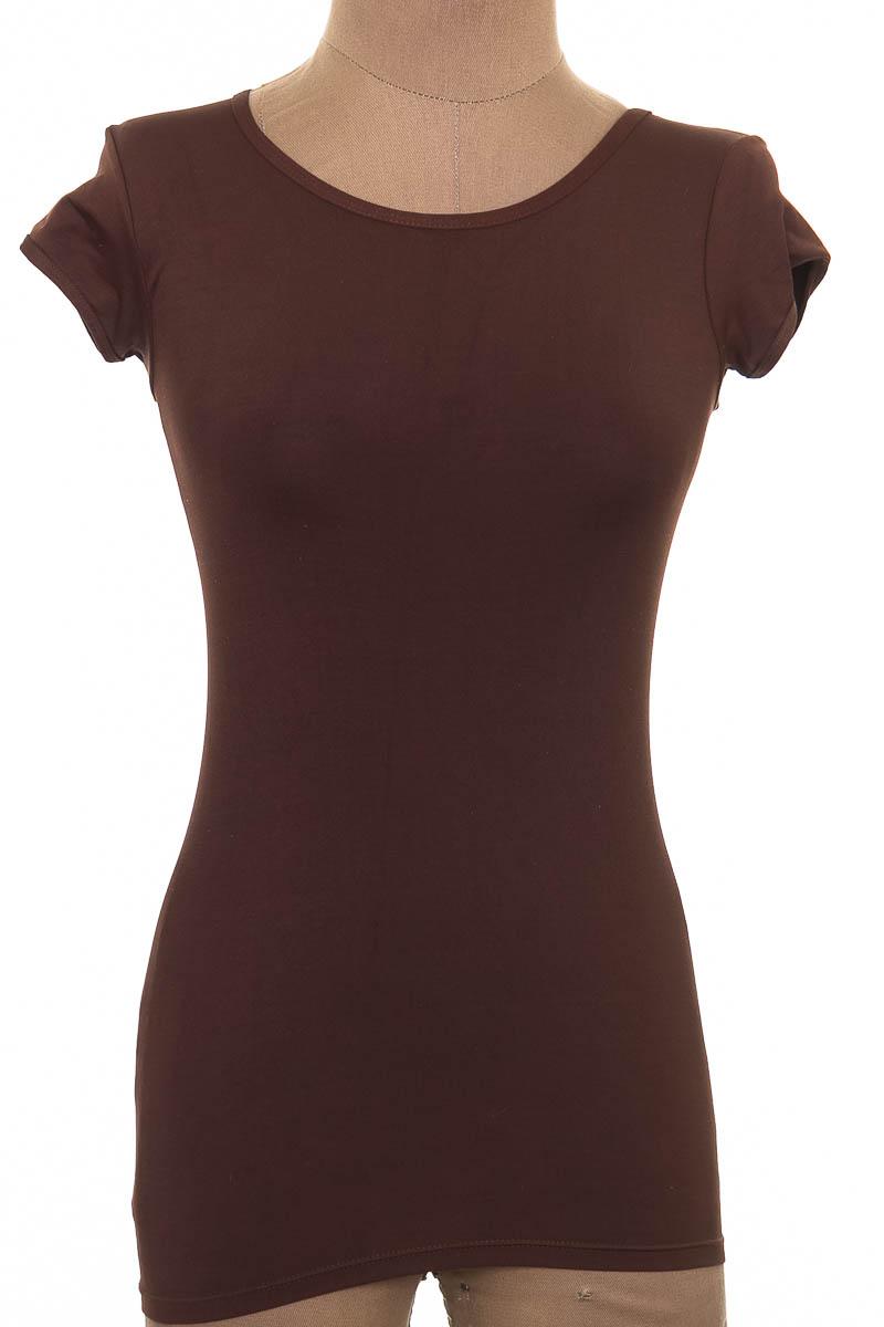Top / Camiseta color Café - Th S.A