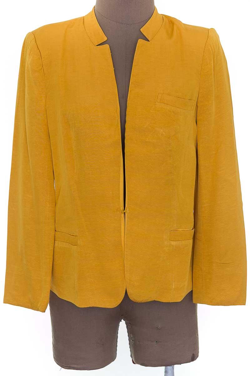 Chaqueta / Abrigo color Amarillo - NAF NAF