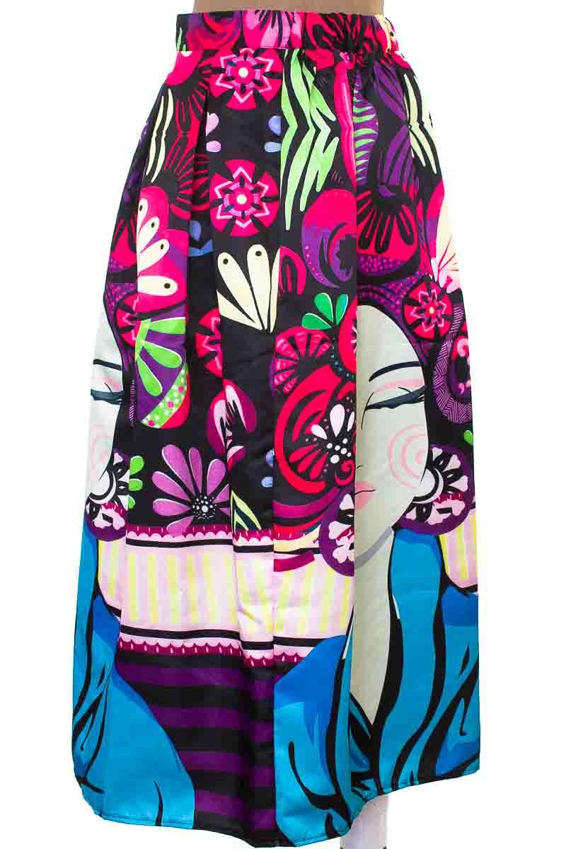 Falda color Estampado - Closeando