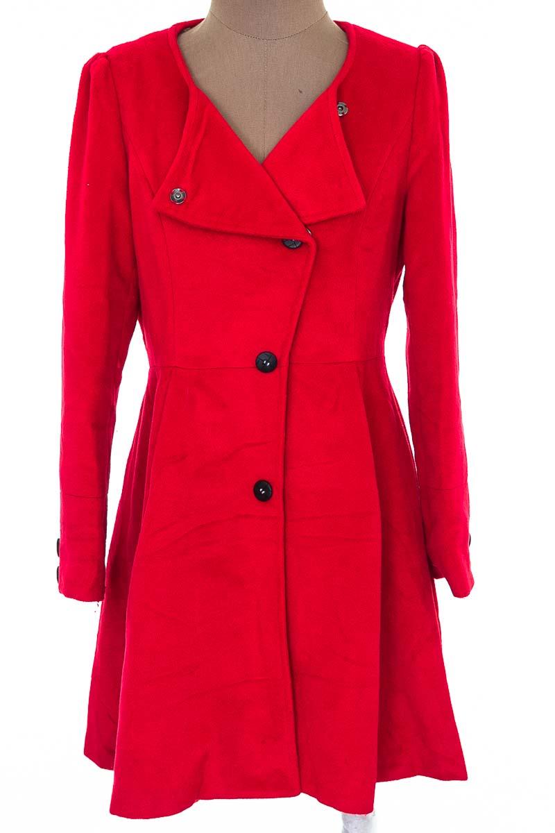 Chaqueta / Abrigo color Rojo - Closeando