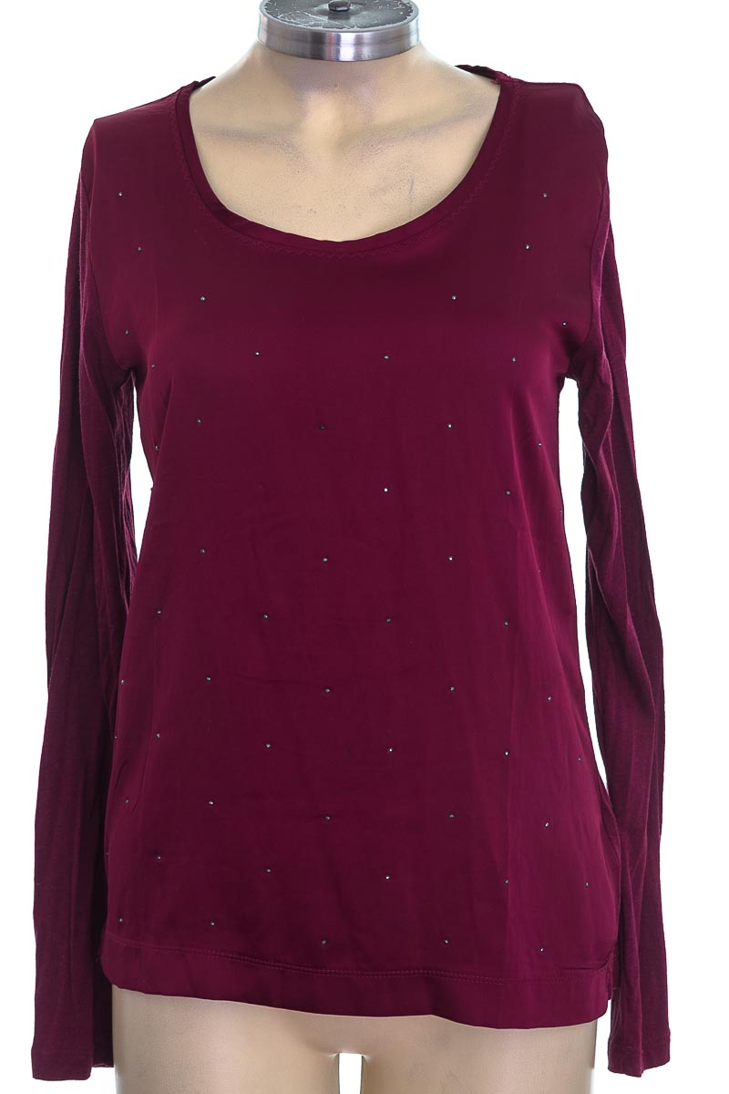 Top / Camiseta color Vinotinto - Armi