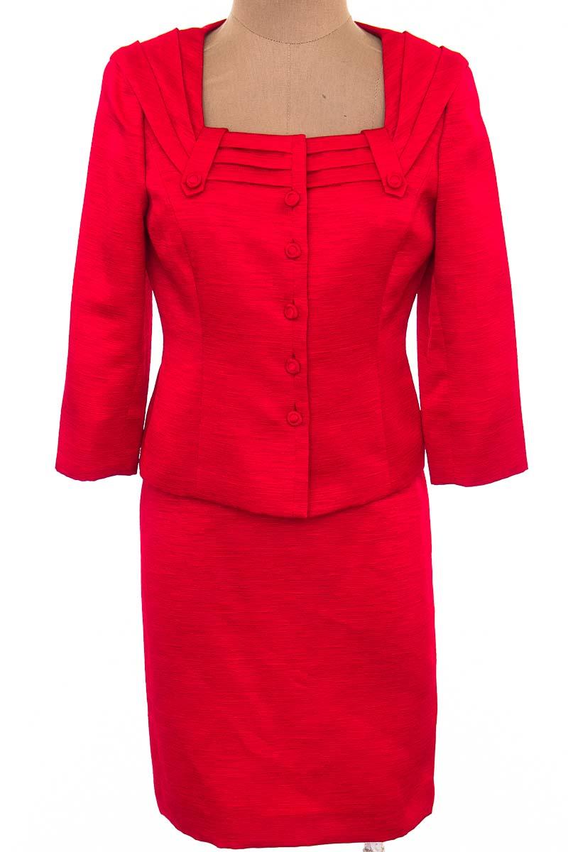 Conjunto color Rojo - Tahari