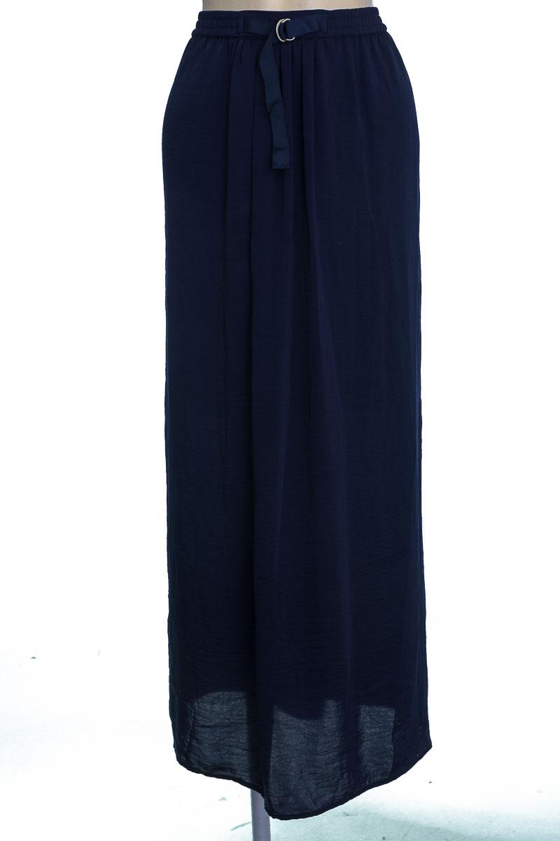 Falda color Azul - Basement