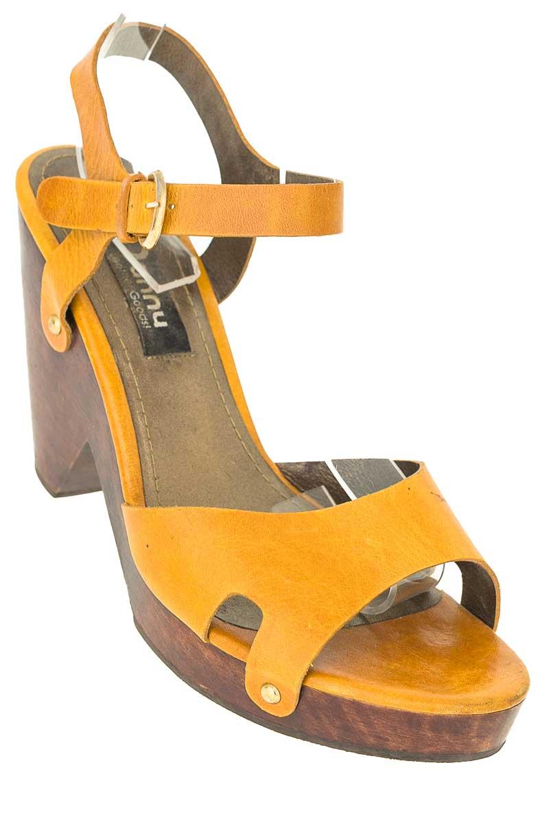 Zapatos color Mostaza - Danny
