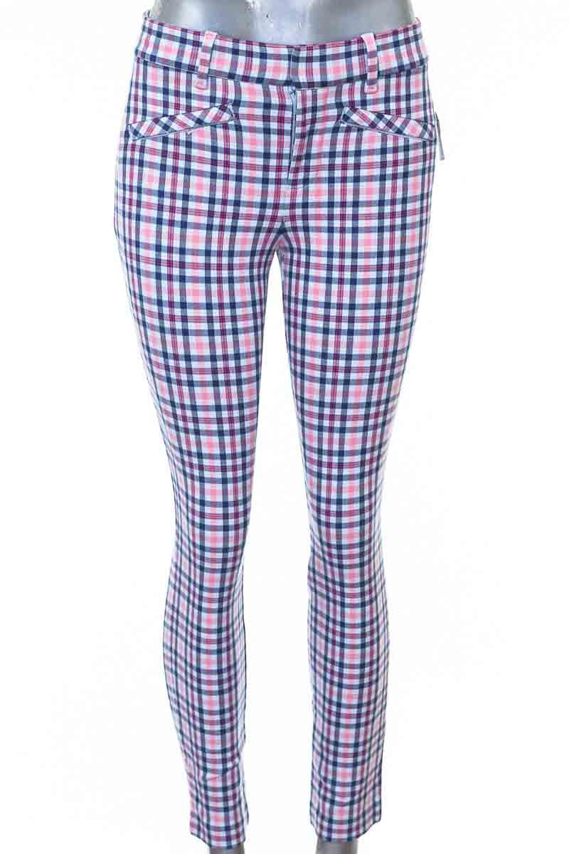 Pantalón Casual color Rosado - GAP