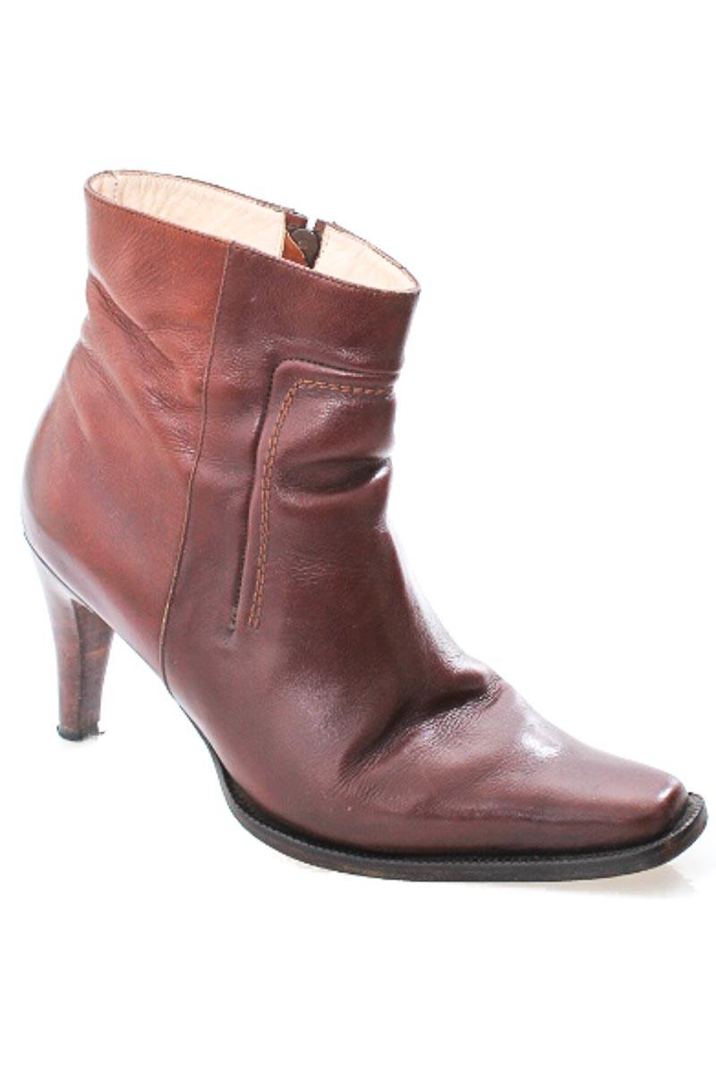 Zapatos Bota color Café - Closeando