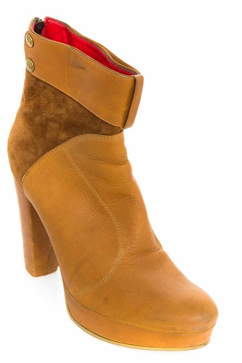 Zapatos Bota color Beige - Gloria Restrepo