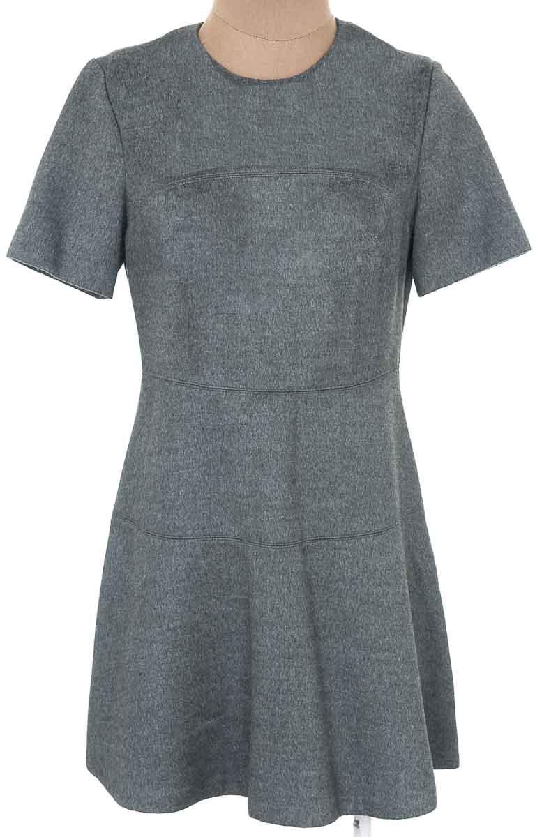 Vestido / Enterizo Casual color Gris - Zara