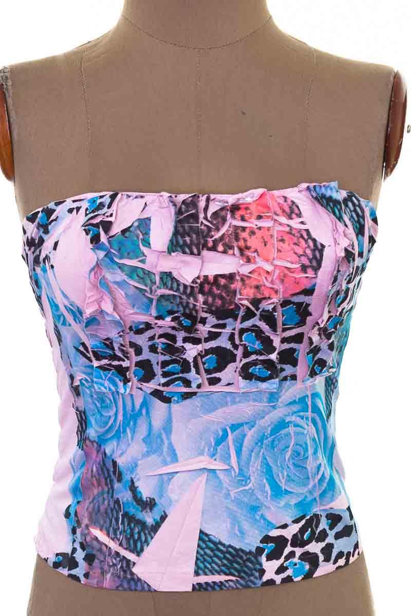 Top / Camiseta color Rosado - Closeando