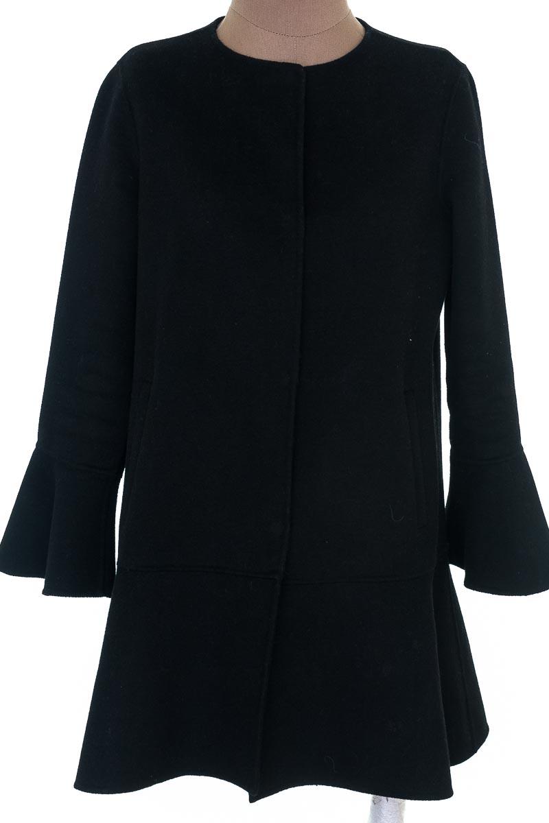 Chaqueta / Abrigo color Negro - Zara