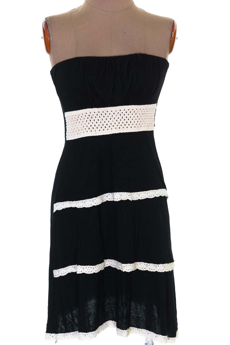 Vestido / Enterizo Casual color Negro - Sense Woman