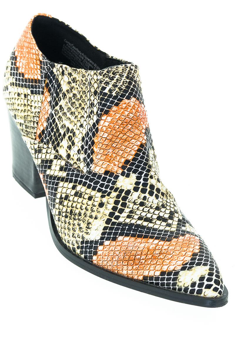 Zapatos Botín color Negro - Studio F