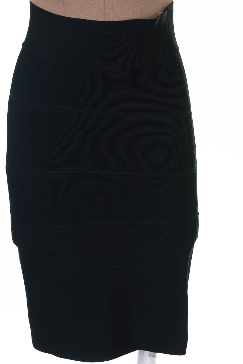 Falda color Negro - BCBG