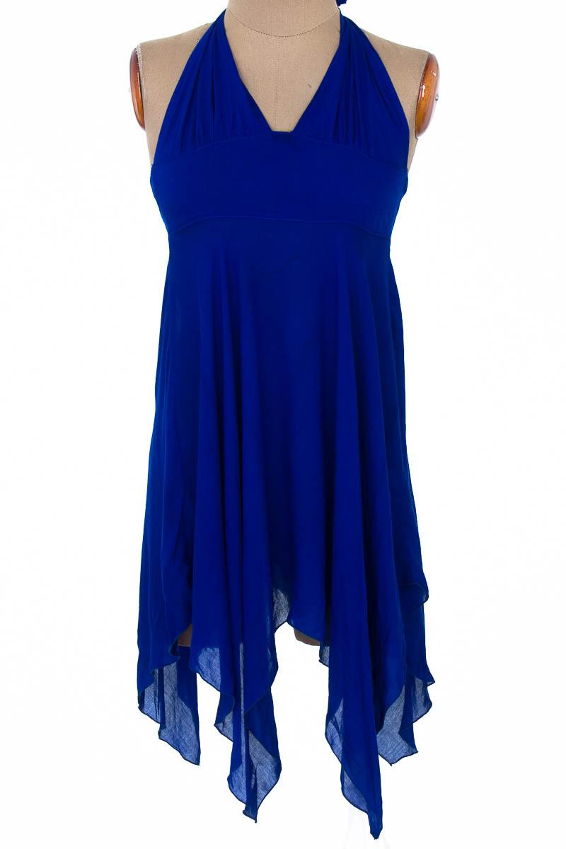 Vestido / Enterizo Casual color Azul - Karmakula