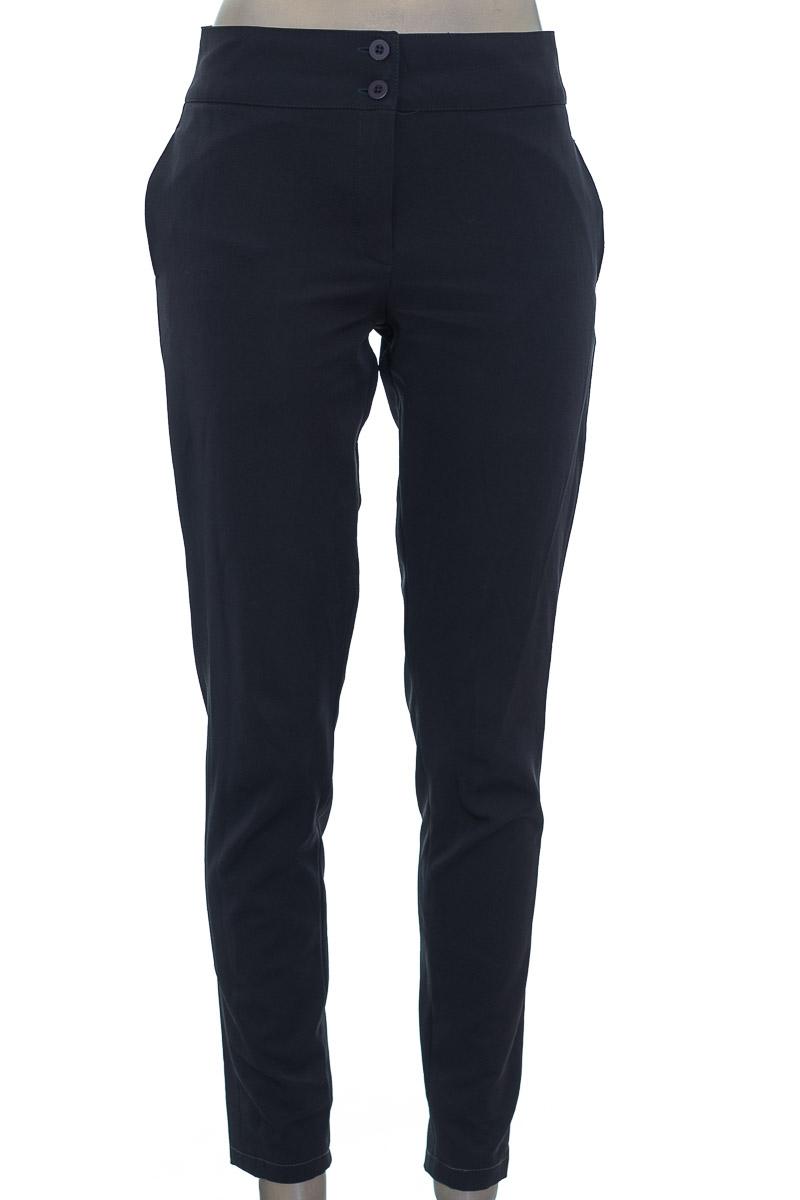 Pantalón color Gris - Closeando