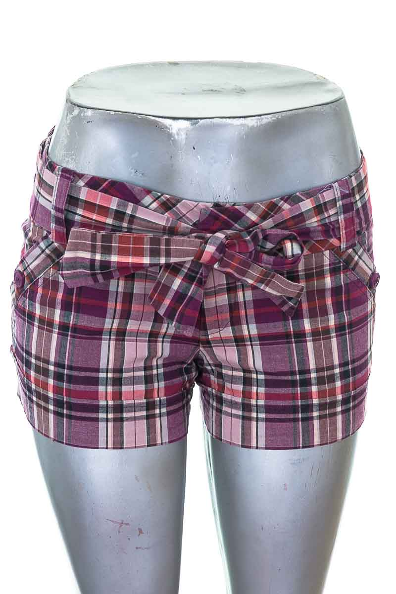 Short Casual color Morado - Twenty One