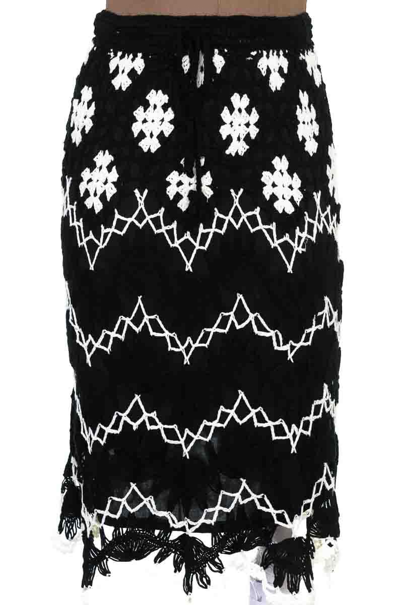 Falda Elegante color Negro - LH Fashion