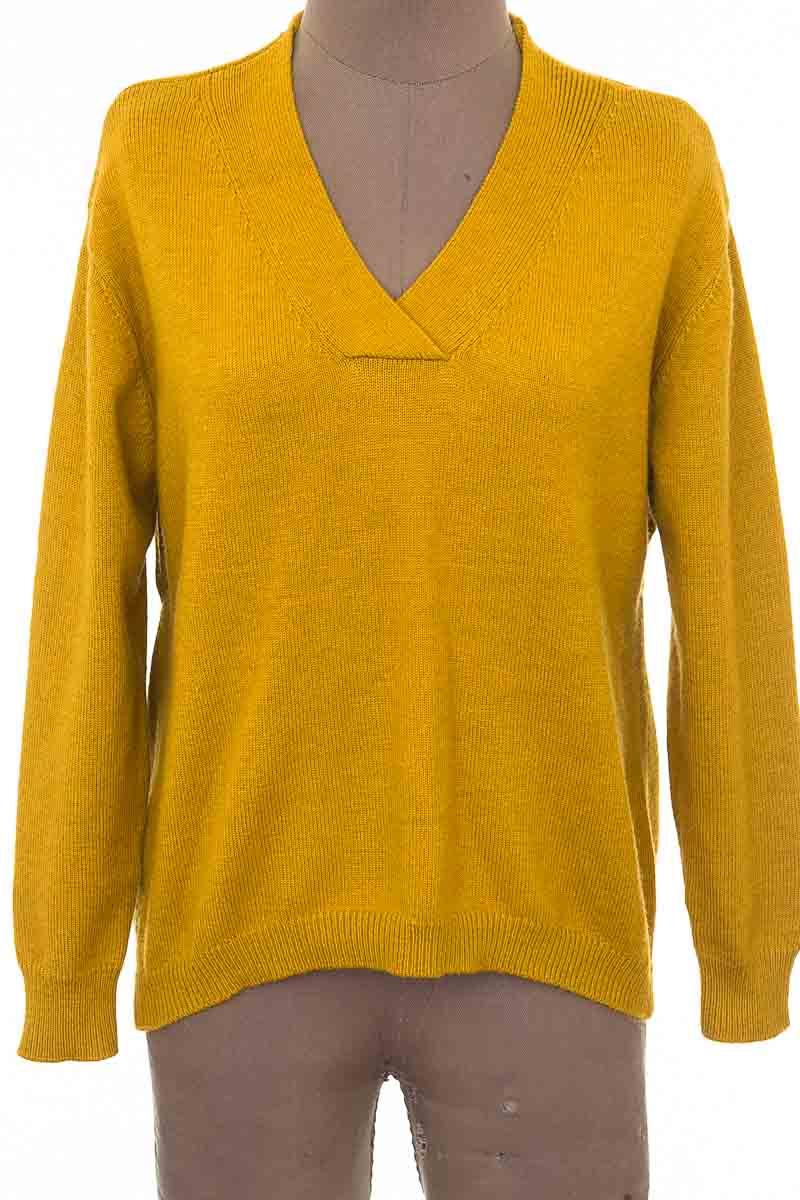 Sweater color Mostaza - Closeando