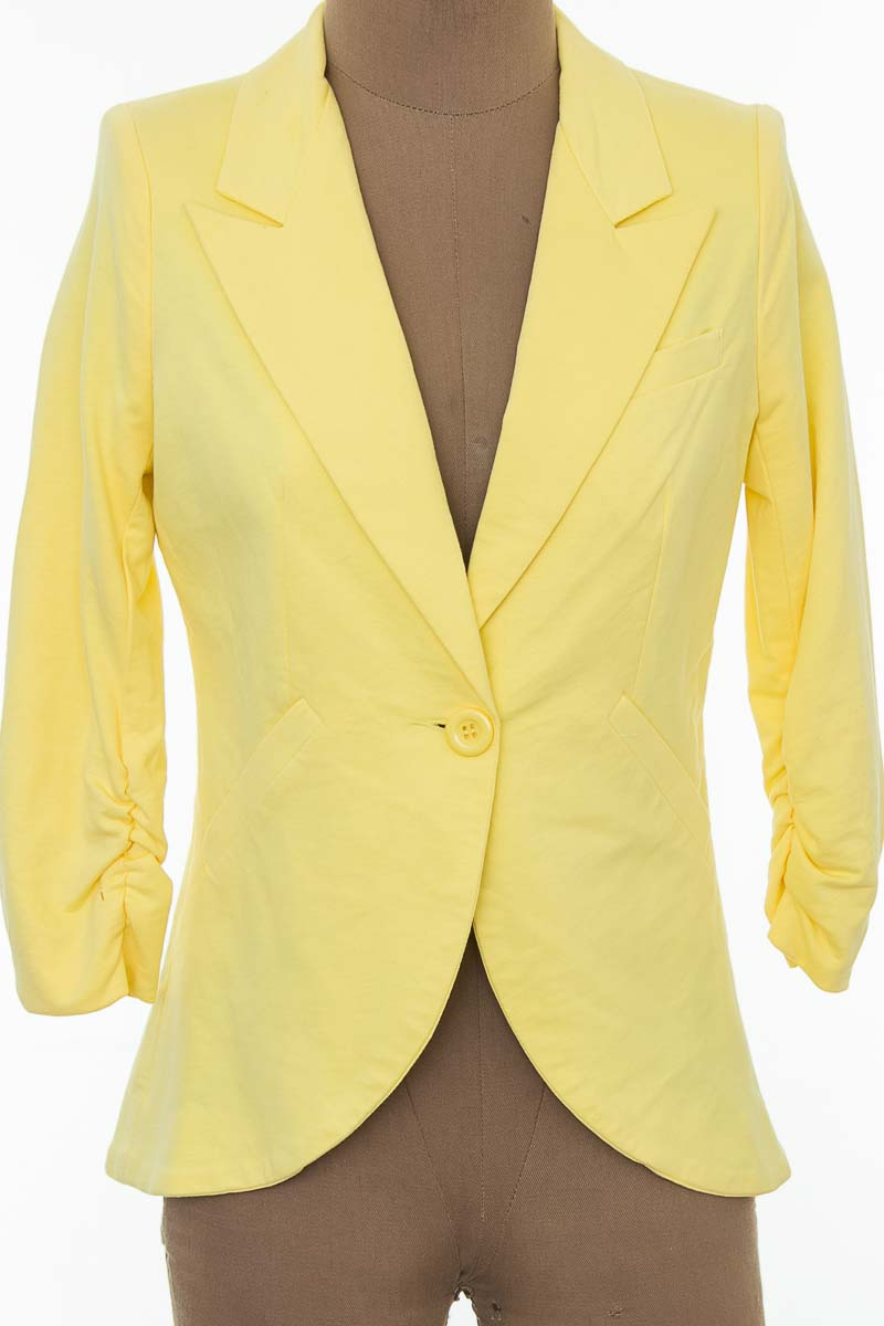 Chaqueta / Abrigo color Amarillo - Esley