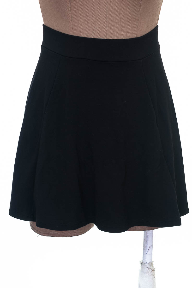 Falda Elegante color Negro - H&M