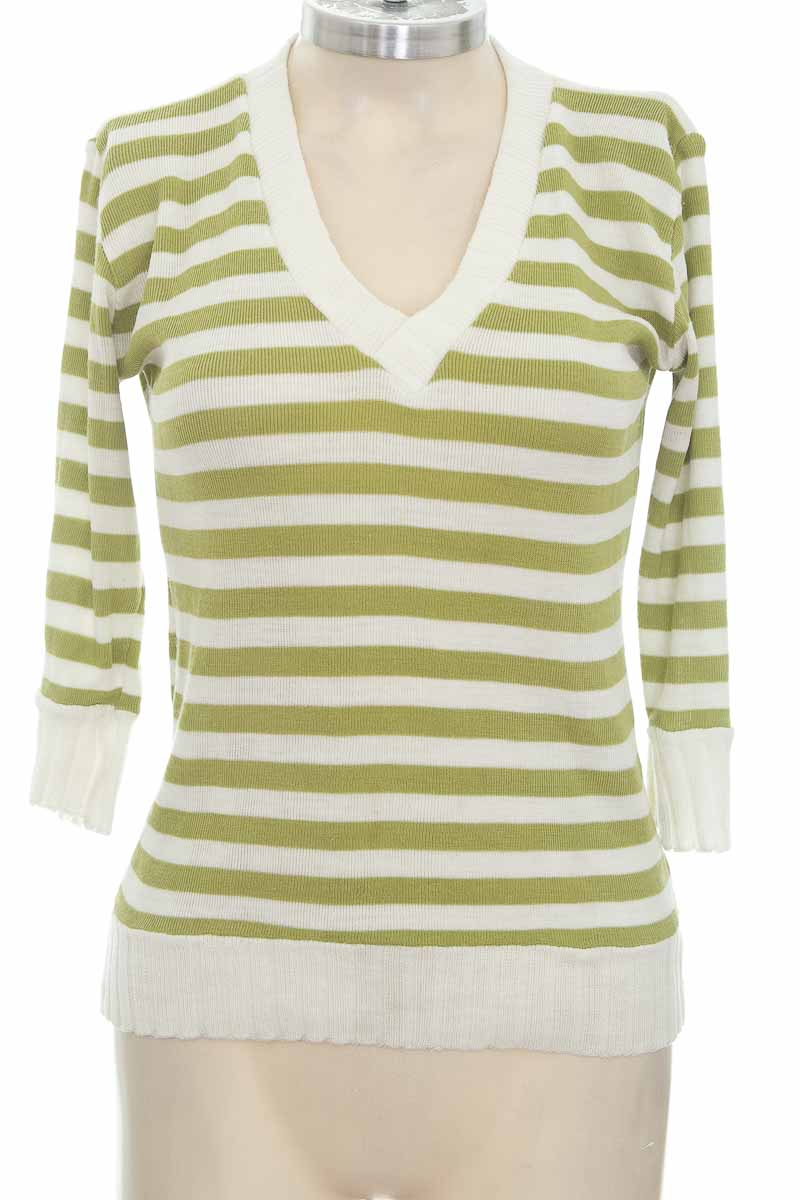 Sweater color Verde - Basic