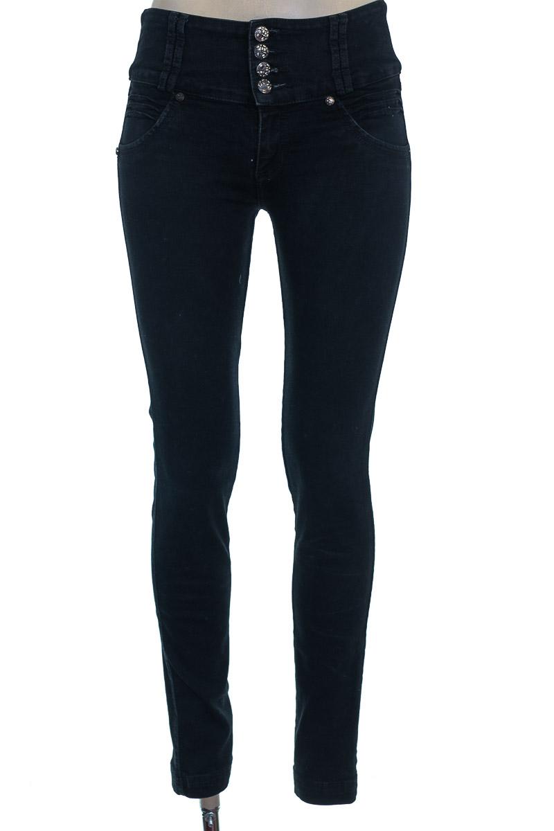 Pantalón color Negro - Brussi