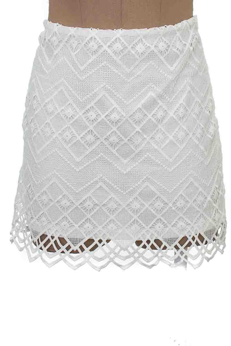 Falda Casual color Blanco - Forever 21