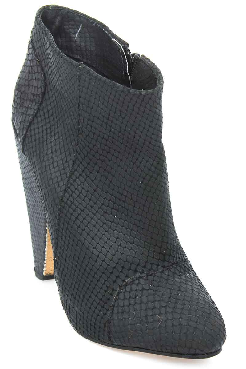 Zapatos Botín color Negro - Sarkany