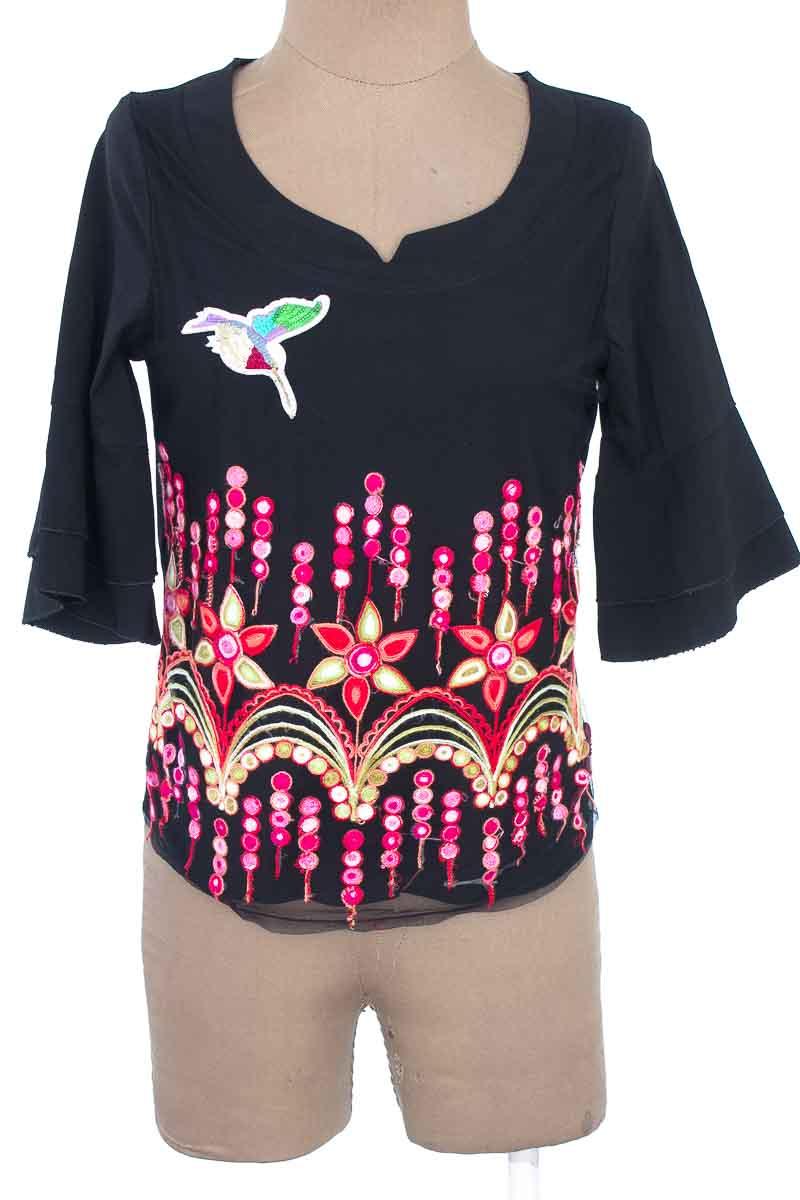 Blusa color Negro - L&T