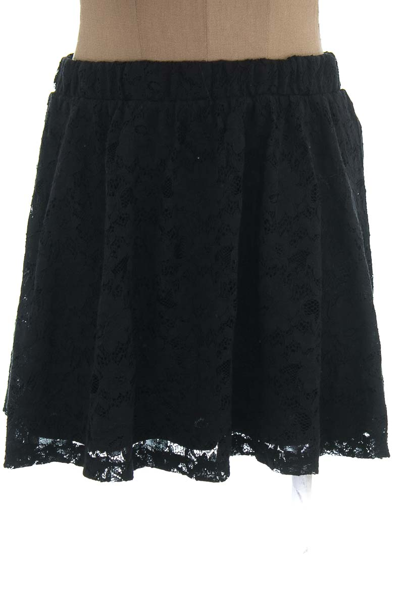 Falda color Negro - Forever 21