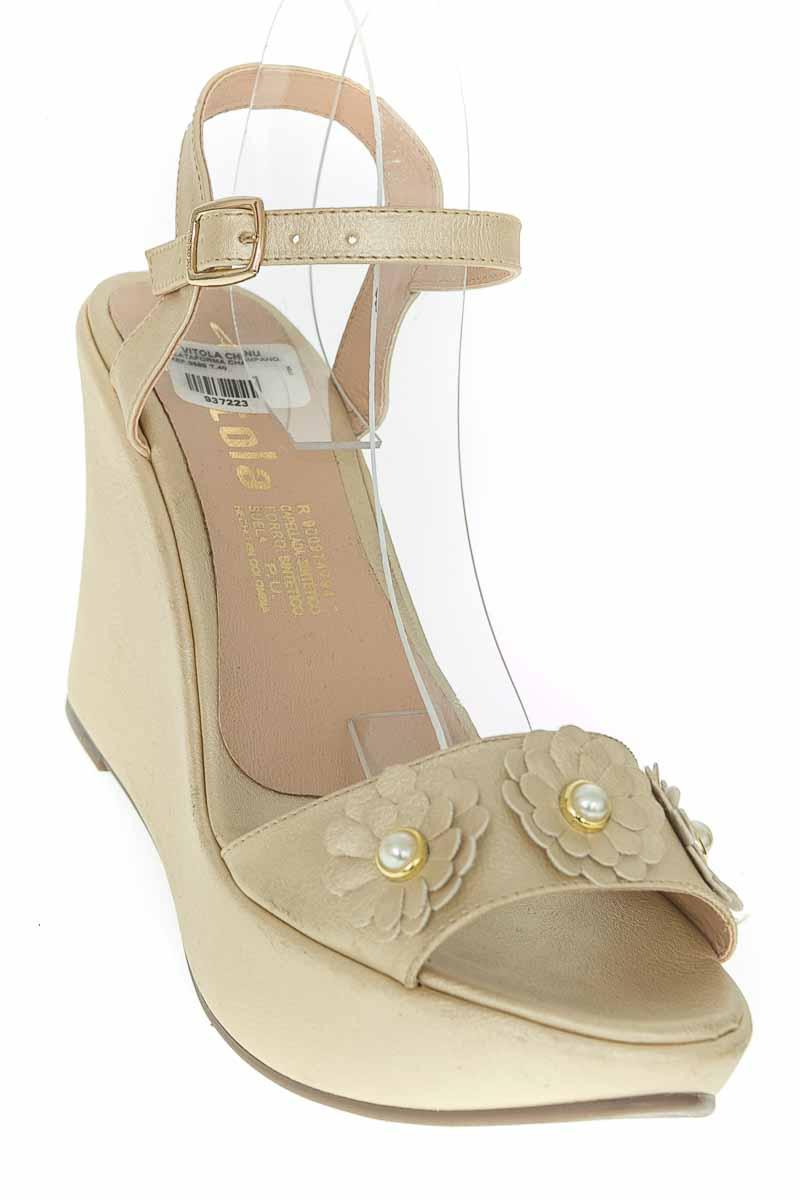 Zapatos color Dorado - Vitola
