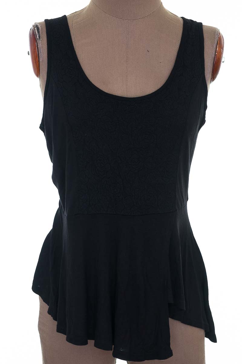 Top / Camiseta color Negro - Ambiance apparel