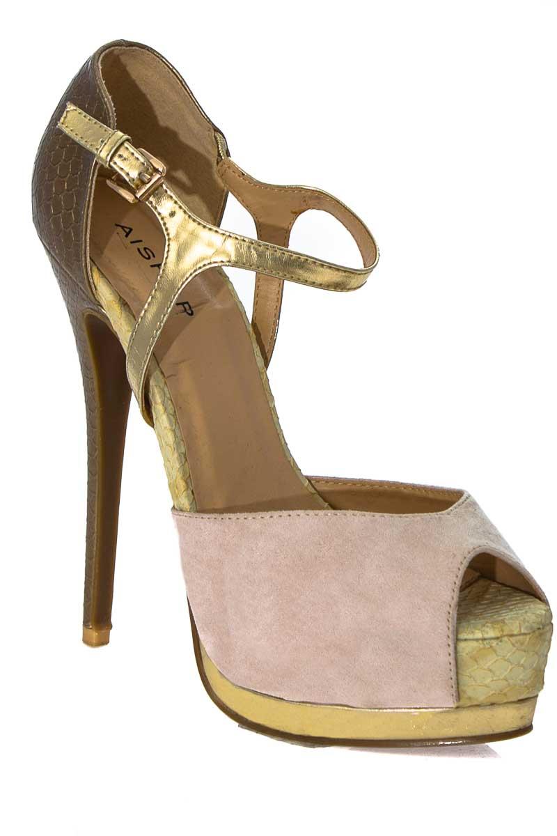 Zapatos color Dorado - Aishop