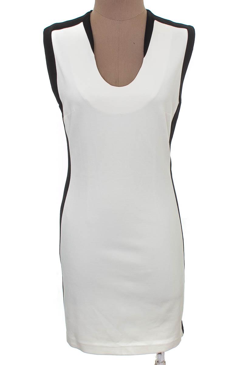 Vestido / Enterizo color Blanco - MNG