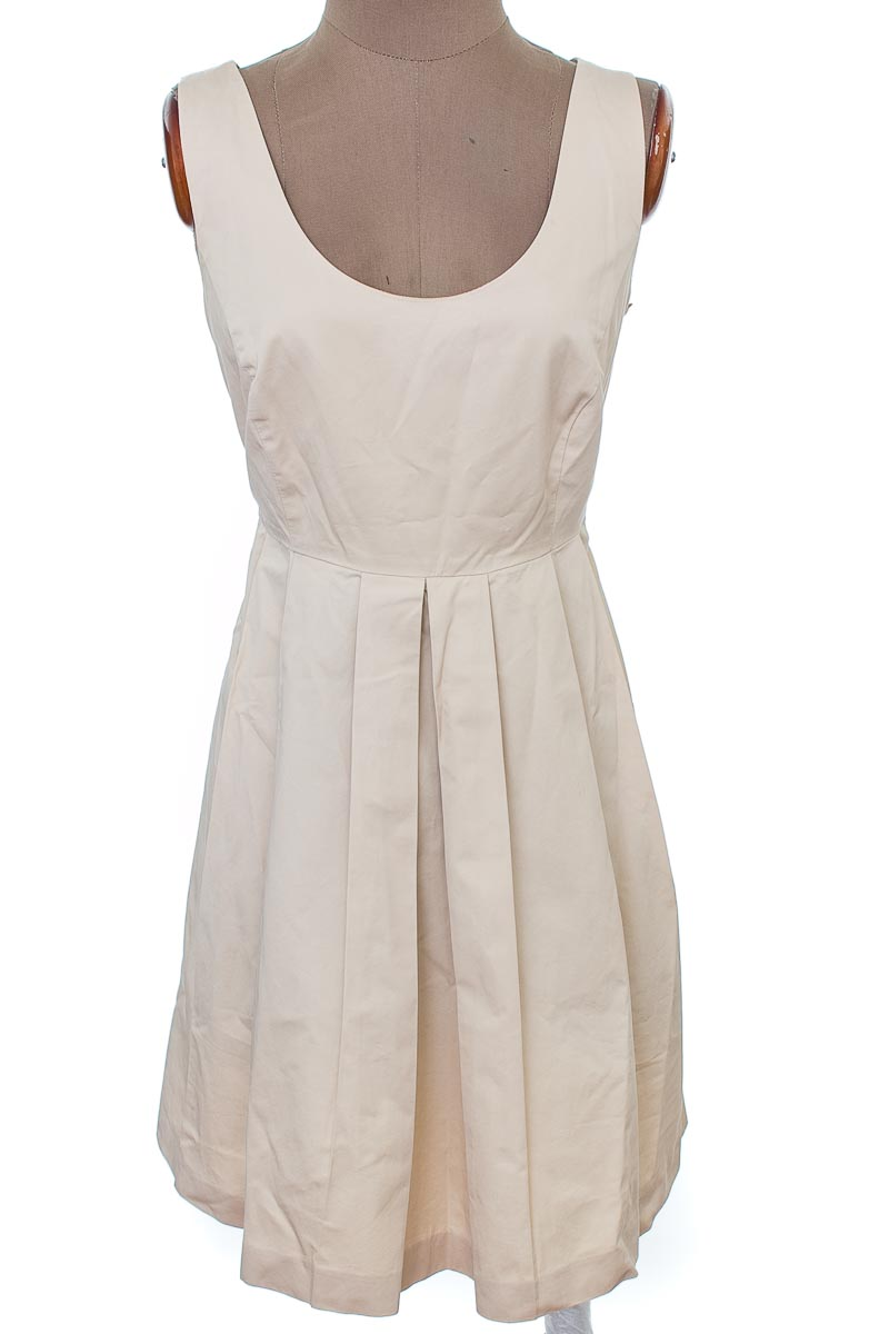 Vestido / Enterizo Casual color Beige - Zara