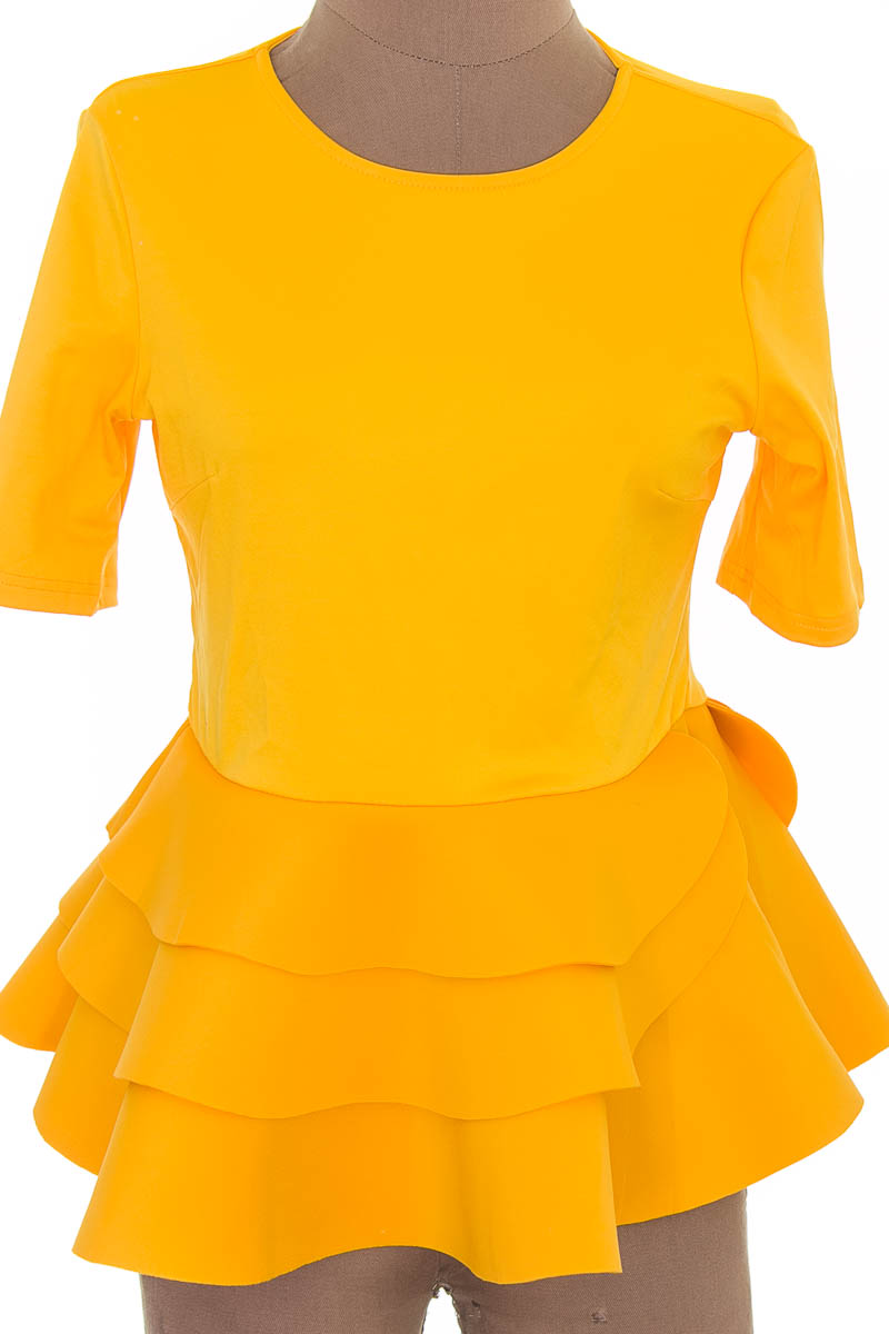 Blusa color Amarillo - Closeando