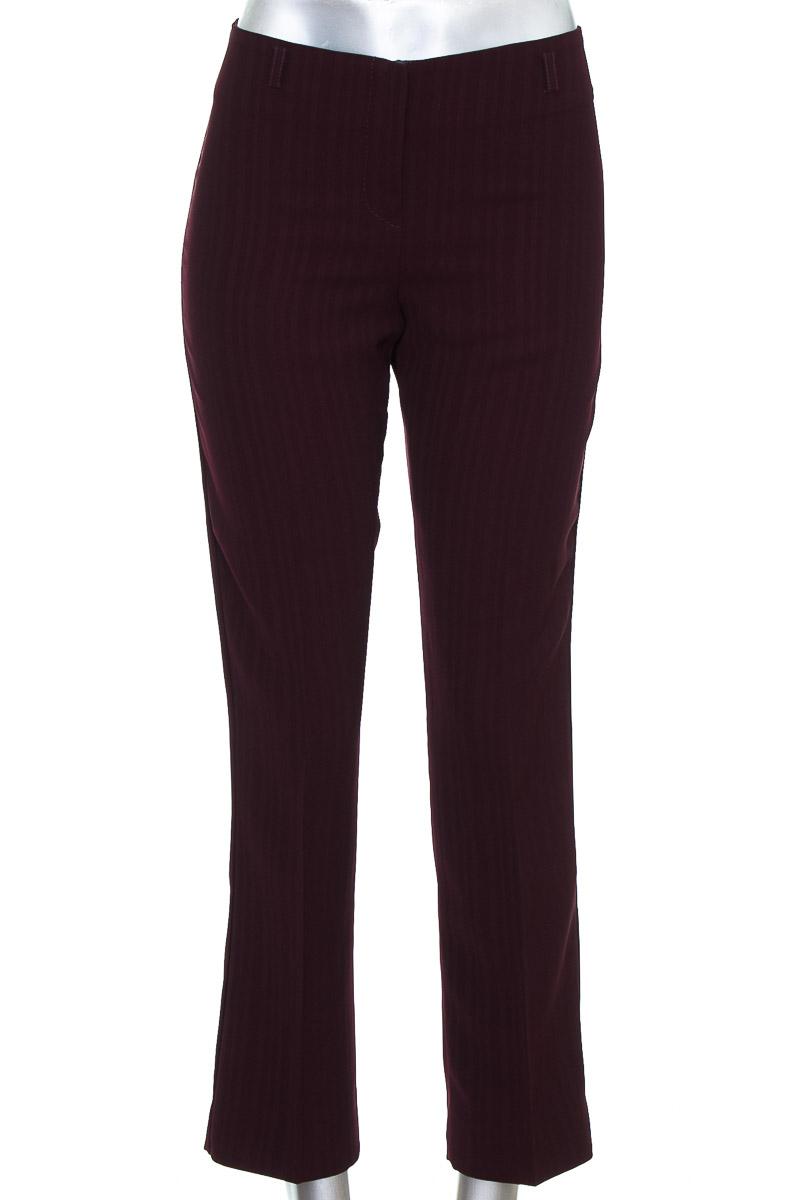 Pantalón Casual color Vinotinto - Closeando