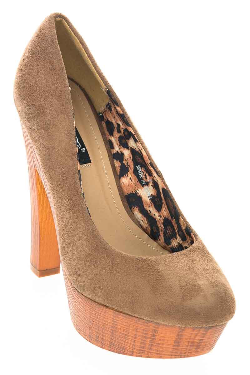 Zapatos color Café - Db Dle